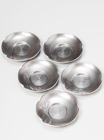 【送料無料】大阪錫器 茶托 イブシ 梅形 【桐箱入り/茶たく】<2.5>( キッチンブランチ )