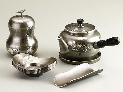 【送料無料】大阪錫器 茶器揃 イブシ ヒサゴ 【桐箱入り】( キッチンブランチ )