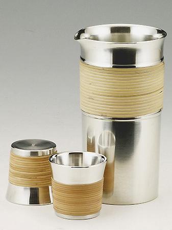 【送料無料】大阪錫器 籐巻き酒瓶セット 【桐箱入り】( キッチンブランチ )