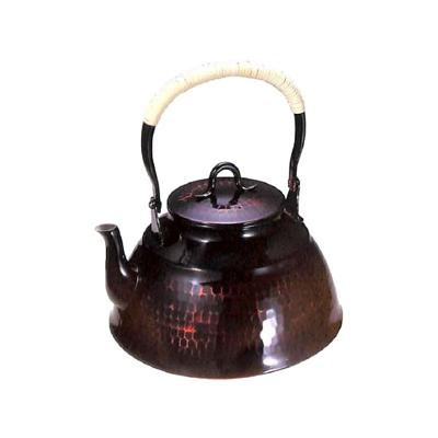 工房アイザワ 純銅鎚目文 化粧箱 朱塗り 湯沸まつかさ 2.5L (70-U)( キッチンブランチ )
