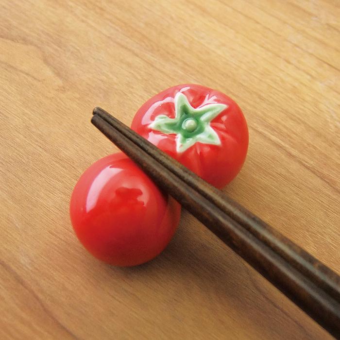箸置き おしゃれ 真っ赤な 野菜 完熟 トマト 再入荷 予約販売 野菜市場箸置き メール便OK 毎日続々入荷 とまと はしおき レスト 業務用食器