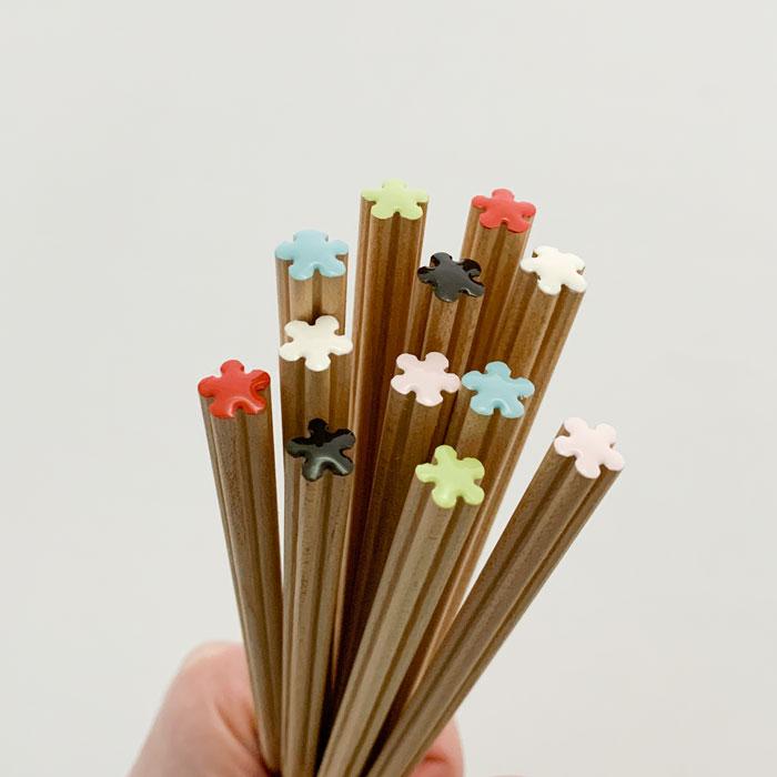 木のぬくもりを感じる花のお箸 箸 木製 hanataba 23cm 人気上昇中 6カラー nendo 花 花束 春の新作続々 大人 × おしゃれ 箸蔵まつかん