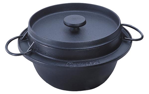 【送料無料】 南部鉄器鉄鍋 『 ごはん鍋5合炊き 』岩鋳 日本製 (100V・200V IH対応) 21085