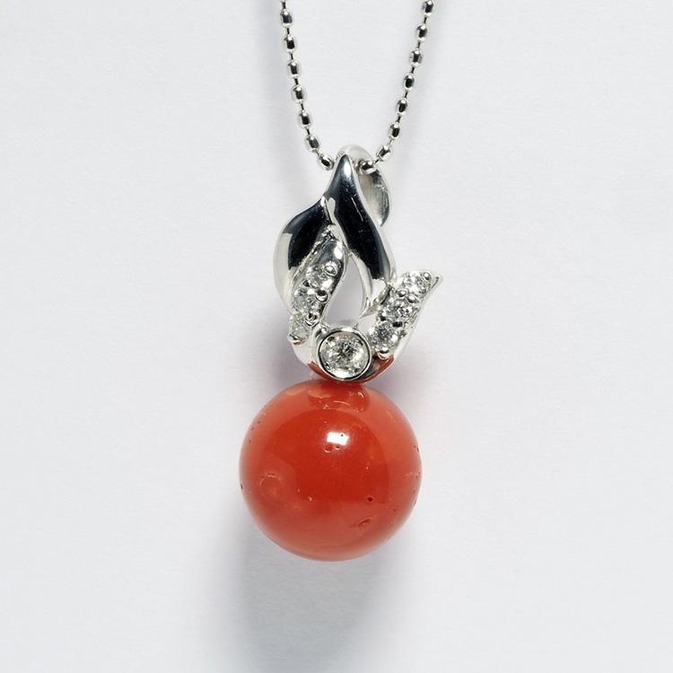 プラチナ900 赤珊瑚 天然ダイヤ付き ペンダントネックレス ラウンド9.5mm 天然 サンゴ 大きめ 丸玉 レディース