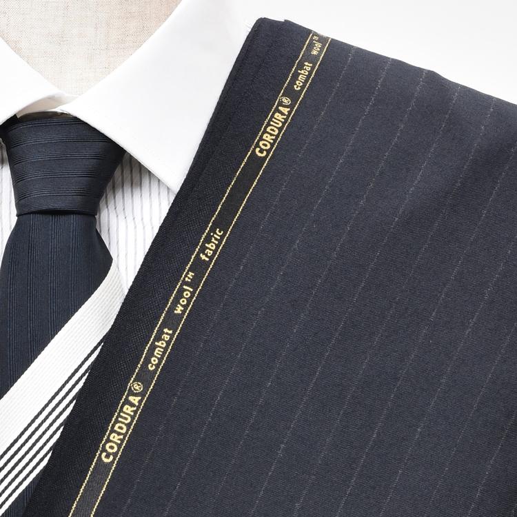 【A】:お好みのCORDURA素材:POW30411Aビッグサイズ(bigsize)の方に最適:限りなく黒に近い濃紺のストライプ柄合物(スリーシーズン)パターンオーダースーツのS上下出来上がり価格