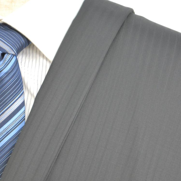 【A】:お好みの素材:POA973-A1ビッグサイズ(bigsize)の方に最適:ブラック色のストライプ柄合物(スリーシーズン)パターンオーダースーツのS上下出来上がり価格