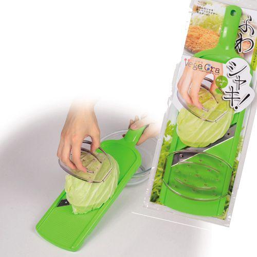 トンカツ添えキャベツを作るのに便利なスライサー 国内在庫 ベジクラ ふわふわシャキキャベツスライサー 予約販売品 C-292 ホルダー付