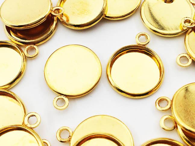 送料無料 ミール皿 丸 まとめて ゴールド 20枚 商舗 AP0537 アクセサリーパーツ ハンドメイドパーツ 値下げ 小さめ 外径約14mm内径約12mm