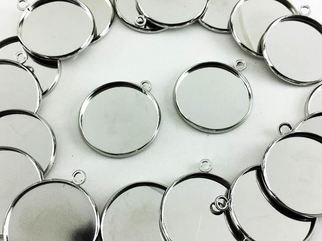 送料無料 ミール皿 丸 SALENEW大人気 まとめて シルバー 20枚 AP0421 即納送料無料! ハンドメイドパーツ 外径約22mm内径約20mm アクセサリーパーツ