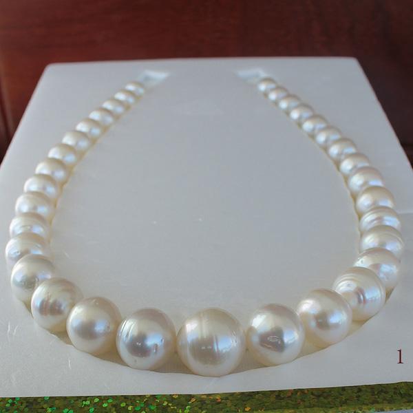 ●白蝶真珠【Its Gorgeous】10-17mm<Semi Round Shape><Natural White><Reasonable Special>Necklace 33コ【値ごろ感】