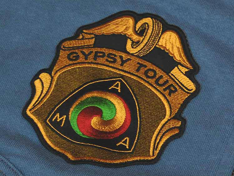 在麦科伊玩具的麦科伊 fulgipswetto 衬衣 TMC1471 蓝灰色 ◆ 休闲/男装 ◆ AMA 东北风 MC 贝克公司