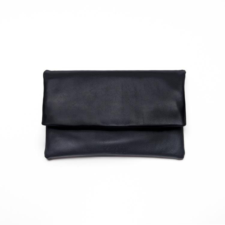 KLON CLUTCH BAG , レディース メンズ バッグ 鞄 黒 クラッチ 本革 シンプル モノトーン ファッション 秋 冬 バッグ クリスマス