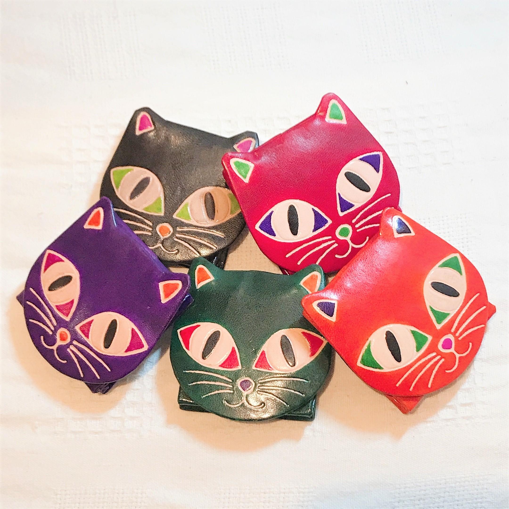 スーパーセール期間7%offクーポン配付 かわいい猫ちゃん顔の小銭入れ 本革なのにプチプラ 新登場 お気に入りのカラーでいかがですか? 小銭入れ 猫 ねこ小銭入れ コインケース 革 レザー 財布 本革 レディース 女性 革小物 猫グッズ 使いやすい 猫顔 猫好き プレゼント 誕生日プレゼント 猫型 ネコ コンパクト 期間限定お試し価格 雑貨 猫雑貨 ねこ ネコ型 ねこ雑貨 ねこ型 かわいい