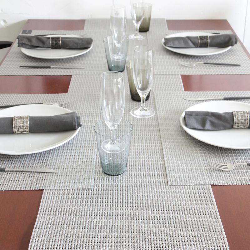 チルウィッチ テーブルランナー トレリス