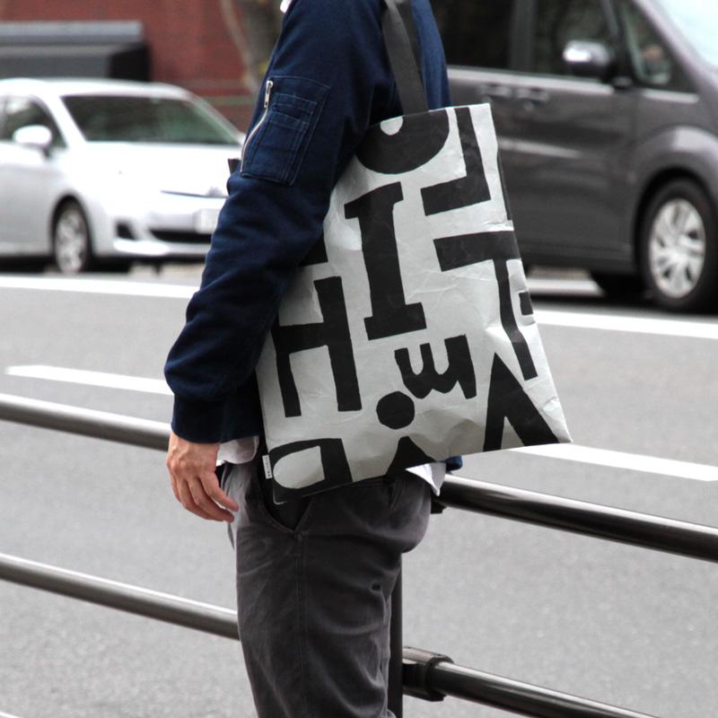 SIWA | 紙和 SAMIRO YUNOKI バッグ フラット L 02.グレー×ブラック