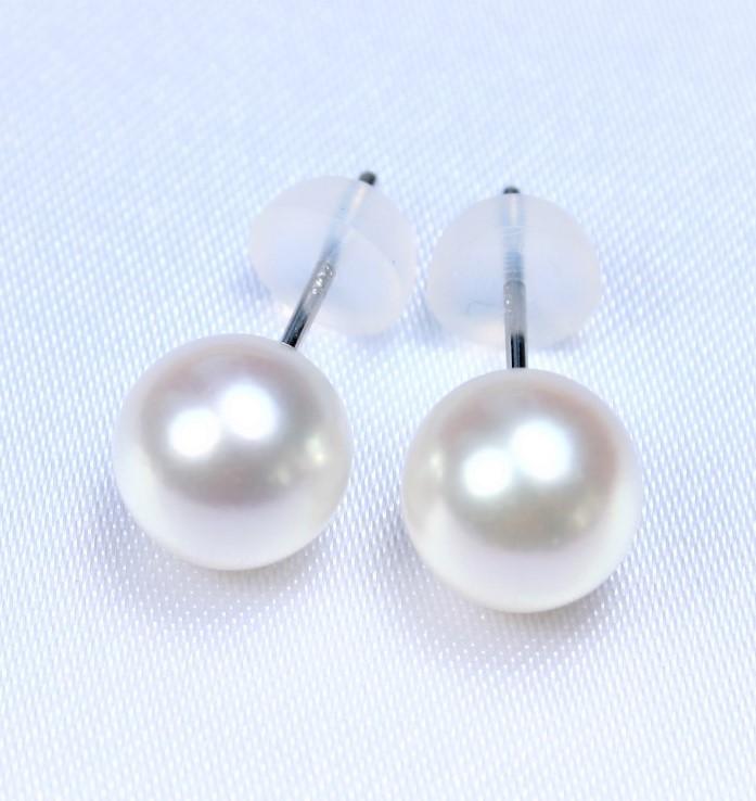 【送料無料】日本産アコヤ真珠ピアス:8-8.5ミリ  (あこや真珠ピアス、パールピアス、真珠ピアス、和珠ピアス、アコヤパール、あこや真珠、アコヤ真珠、和珠、あこや本真珠、真珠イヤリング、あこやイヤリング、アコヤイヤリング)