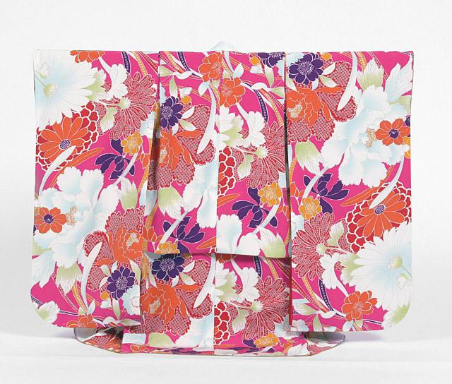 【レンタル】撫松庵七五三3歳レンタル【貸衣裳】312 濃いピンクに牡丹に桜に菊 白ベルベット被布セット