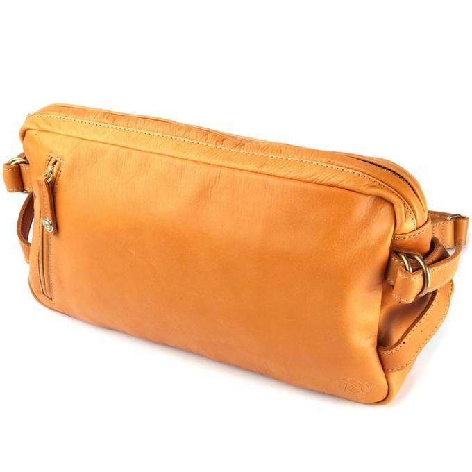 KC,s ケイシイズ ショルダーポーチ スクウェア(牛皮革)[ポーチ][バッグ][ショルダーバッグ][小物入れ][旅行][斜めがけ][KC,s leather craft][ケーシーズ][本革][ブランド][メーカー取り寄せ/在庫未確定商品]【優れものA】
