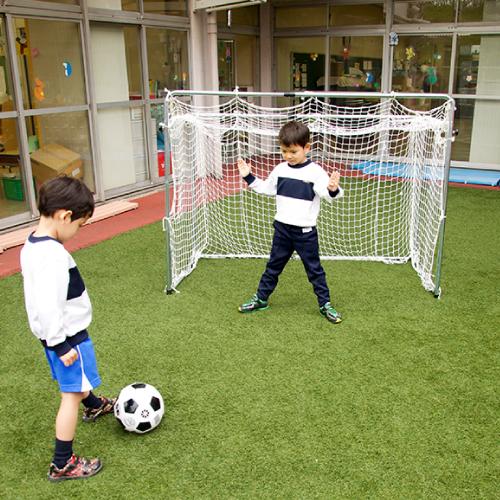 伸縮式サッカーゴール 幅と高さ調節可 保育園 幼稚園 保育所 こども園 幼児 園児 学童 運動 体育 体操 室内 室外 屋内 屋外 子ども おもちゃ 遊び 基礎体力 身体づくり 全身運動 子供 イベント ゲーム 日本製 脚力 キック力 低学年