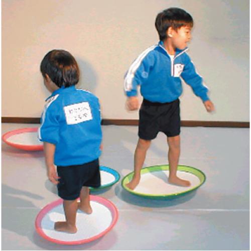 バランスボール 小(直径400×高さ85mm)保育園 幼稚園 保育所 こども園 幼児 園児 運動 体育 体操 室内 室外 屋内 屋外 子ども おもちゃ 遊び 基礎体力 身体づくり 子供 平衡感覚 筋力 体幹トレーニング バランスボード 裸足保育