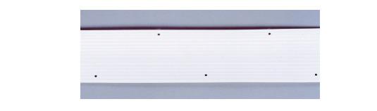 穴の間隔は10cmです。テニスコート1面分使用量→ラインテープ150m(3巻分)です。 テニス ラインテープデラックス 1巻50m