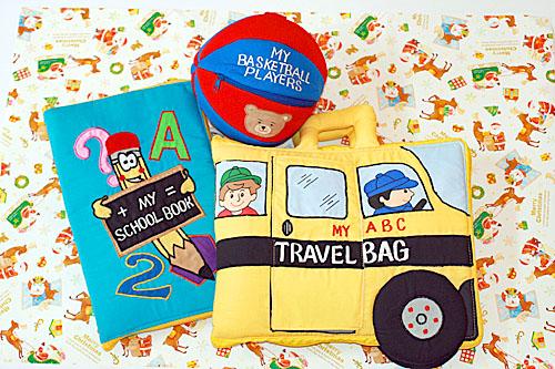 布絵本MY ABC TRAVEL BAG/SCHOOL BUS&MY SCHOOL BOOK英語刺しゅう版&おまけ付きバスケットプレイヤーズプレイ&ラーンギフトセット選んで!!無料ギフトラッピング