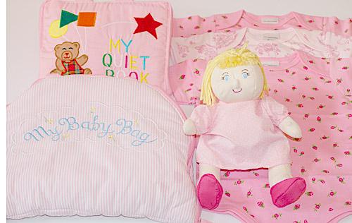 英語刺しゅう版 MY QUIET BOOK ベア ピンクと マイベビドールの着せ替えバッグに かわいいボディ肌着3枚組のおまけ付き マイスィートベビーギフトセット 布絵本MY 幼児教育選んで ピンク英語刺しゅう版布の着せ替えバッグ
