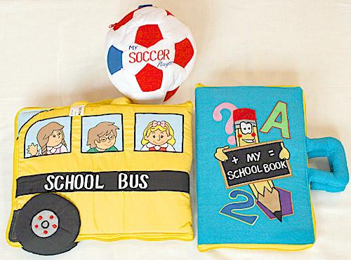 布絵本MY ABC TRAVEL BAG/SCHOOL BUS&MY SCHOOL BOOK英語刺しゅう絵本&おまけ付きサッカープレイヤーズプレイ&ラーン