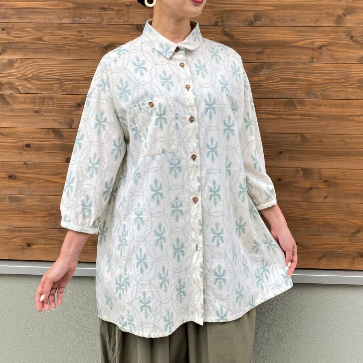 チープ 伝統の生地を毎日に~送料 ラッピング無料~ 本日の目玉 ミセス50代60代レディース綿100%五部袖羽織物ふんわり可愛い日本製前開き白ホワイト 久留米絣ブラウス