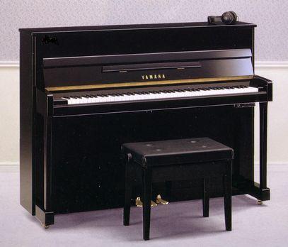 (和二手的再调整品/新货一样)竖式钢琴雅马哈U1(在消音)