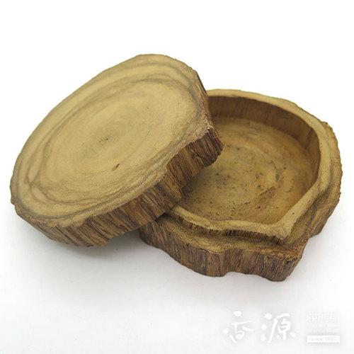 【限定品】タニ沈香 原木型香合 55g 桐箱入