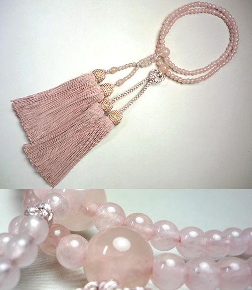 女性用のお数珠 紅石英 浄土真宗 共仕立て 灰桜房