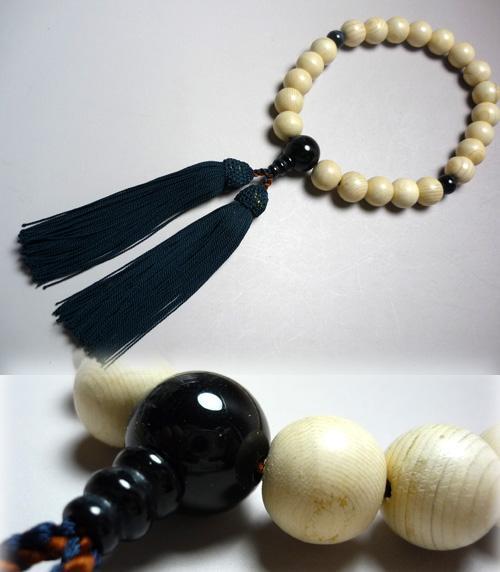 男性用のお数珠 木曽檜22玉 青虎目石仕立て