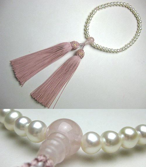 女性用のお数珠 淡水真珠ポテト型 紅石英仕立て 明るめ灰桜房