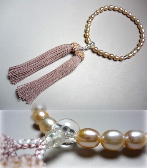 女性用のお数珠 淡水真珠ライス玉 水晶仕立て 灰桜房