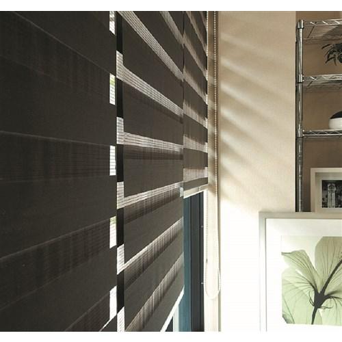 トーソー 調光ロールスクリーン センシア 幅180×丈200cm幅180×丈200cm ホワイト
