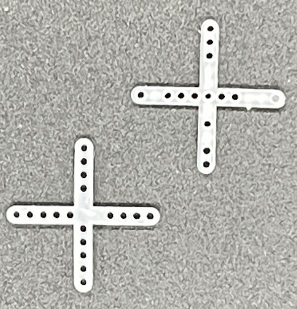 タイルを施工する際に十字 T字部分の マート 高さ 目地幅を調整する施工補助具です タイル 目地幅3mm 十字クロス目地スペーサー 200個入り メーカー公式ショップ タイルスペーサー用