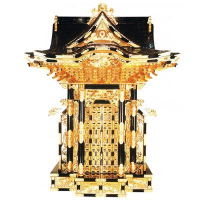 【寺院用】 御宮殿(おくうでん) 三方妻六本柱 黒塗 本金箔押 金具打屋根張4尺(120cm) 別上品(カシュー塗)