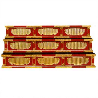 【寺院用】 雛壇 三段式ヒナ壇 本金箔押 金具打 [朱塗/黒塗]框巾4尺(120cm) 別上品(ウレタン塗)【配送区分:h】宅配便のみ・一部地域除き||送料無料||