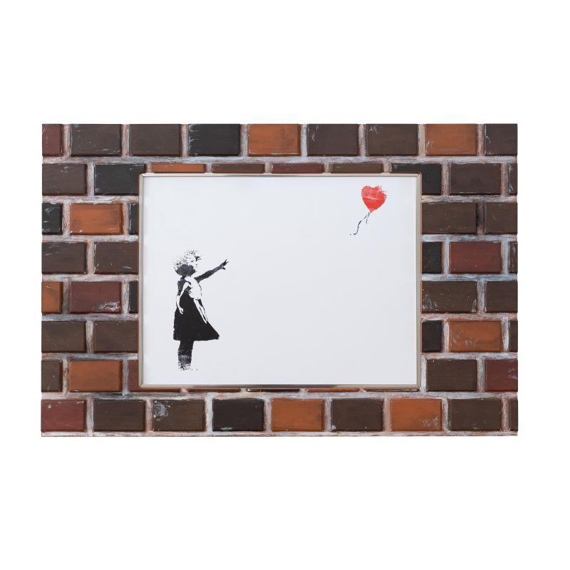 正規複製ポスター使用 バンクシー ハートバルーン 縦390 x横595mm 国産品 創作額縁 Banksy 超定番 アートフレーム アンティーク Heart Balloo ストリートアーティスト オリジナル額縁