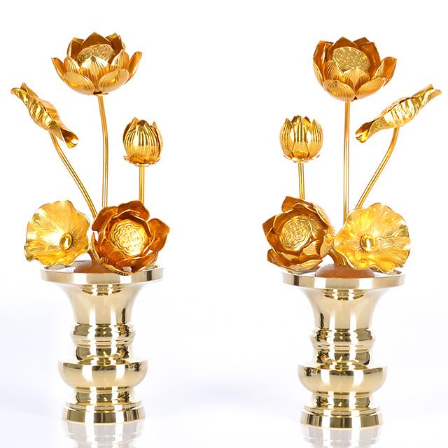 送料無料 SEAL限定商品 本日限定 仏壇をより豪華にできるアルミ製の常花 じょうか です 一対 2本 と半対 金色 どちらでも購入可能です 3.0寸 アルミ 1本 5本立 常花