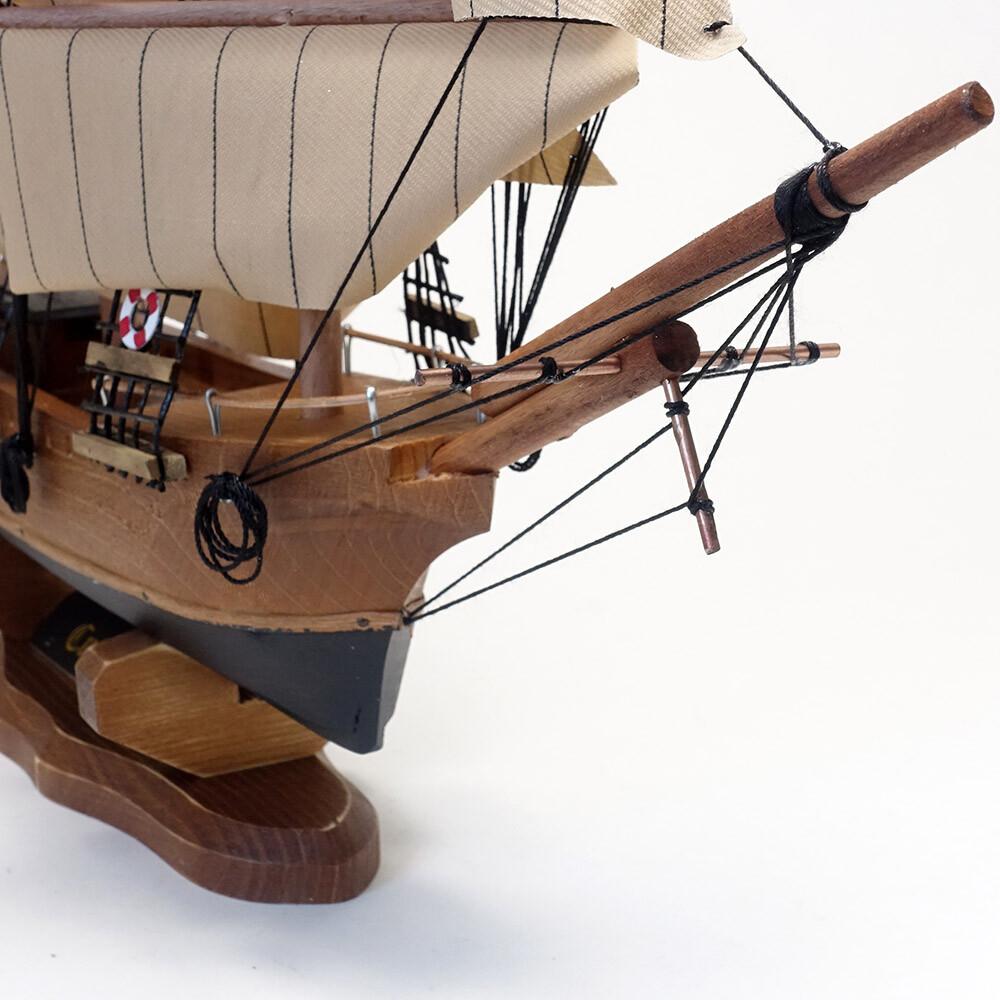 インテリア 賜物 雑貨 小物 陶器 イタリア製 ポルトガル製 傘立て プランター 日時指定 マスク 食器 キッチン 日用品 《イタリア製》 陶花 素敵なアイテム モデルシップ ガラス ティークリッパー ヨーロッパ 帆船模型 カティーサーク アンティーク風