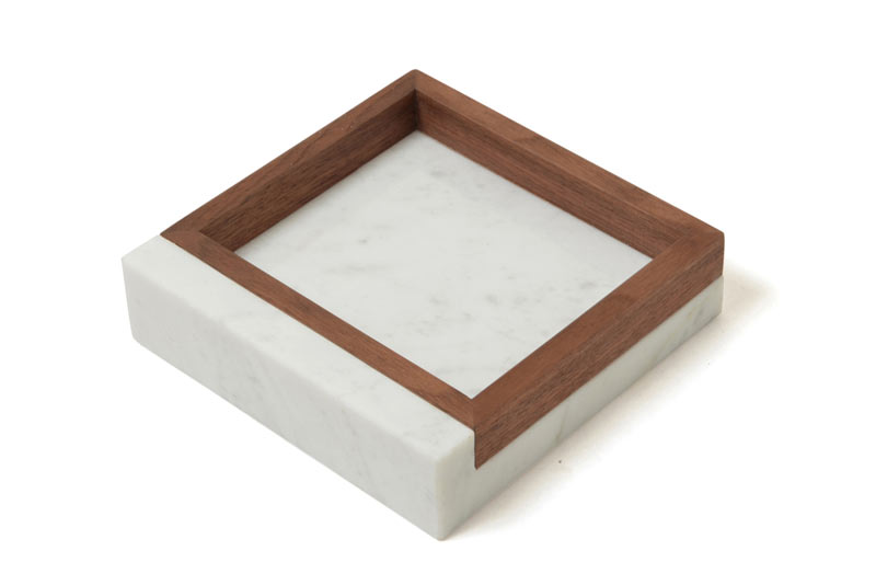Shinabel - トレイ 150/ 中山家具 × Colordrop Design /シィナベル 大理石とウォールナットを組み合わせた斬新なデザイン。質感も性質も大きく異なりながら、「高級感」を共通項に違和感なく融合する石と木のホームアクセサリー