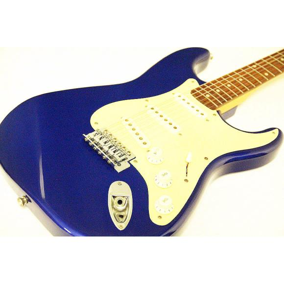 SQUIER AFFINITY STRATOCASTER【中古】