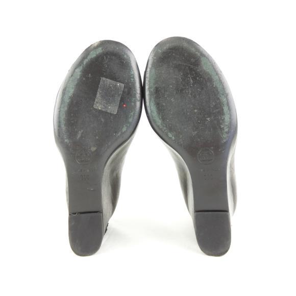 aa745226f832 ブランド/メーカー:シャネル商品名:シャネル CHANEL ブーツ通称:G28121 商品ランク:中古品B サイズ:38 サイズ(一覧表示):38  実寸サイズ:ソール幅8cm ヒール高8.5cm ...