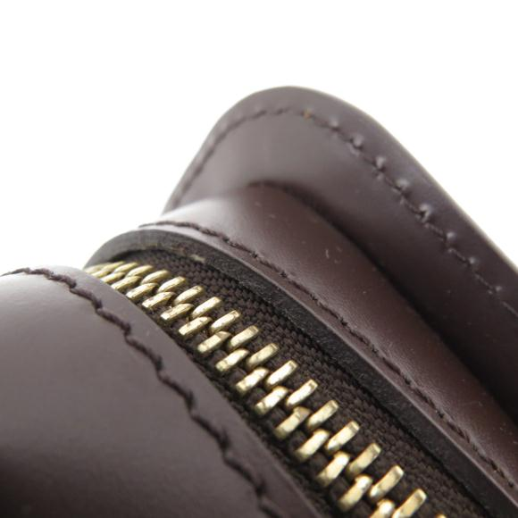 37c270f6dbb5 ブランド/メーカー:ルイヴィトン商品名:ルイヴィトン ダミエ サンルイ N51993 通称:サンルイ (セカンドバッグ) 商品ランク:中古品A  品番:N51993 素材:コーティングキャンバスサイズ:横× ...