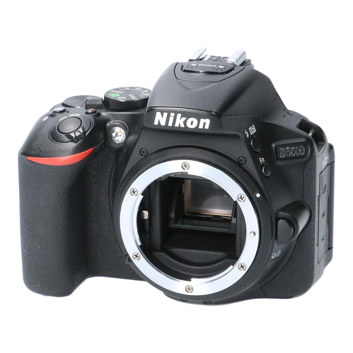 NIKON D5600【中古】