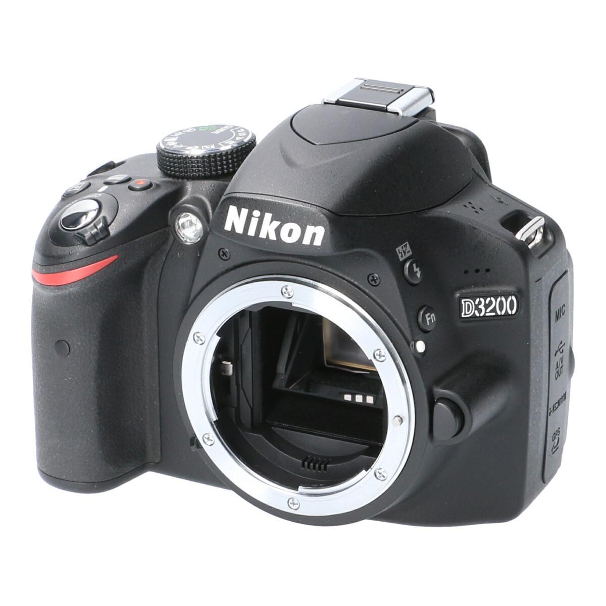 NIKON D3200【中古】