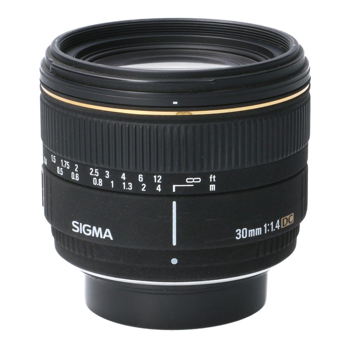 SIGMA ペンタ30mm F1.4EX DC【中古】