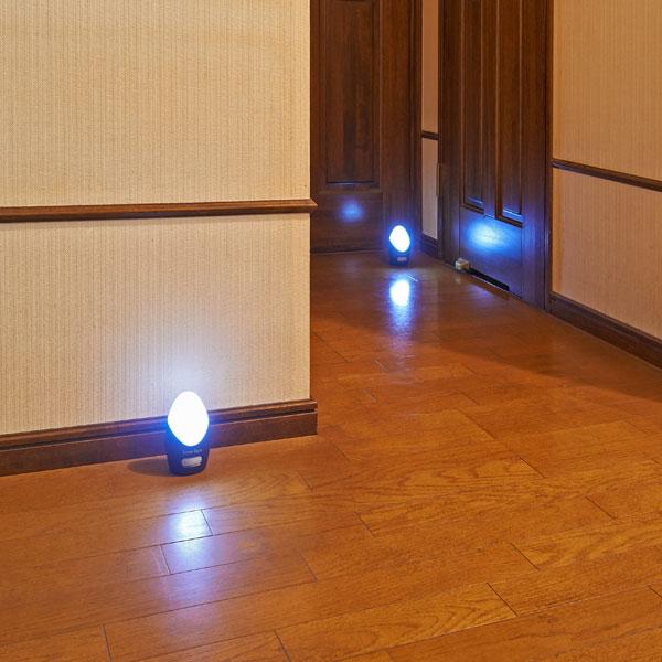 \300円引きクーポン進呈/安心センサーライト4個組送料無料 暗い廊下等で、人に感知して点灯! SW-007 ライト・照明 センサーライト フットライト(足元灯) フットライト 足元灯 ライト LED LEDライト LEDセンサーライト